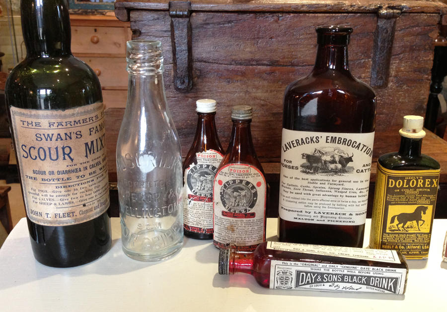 Antique Animal medicines - packaging