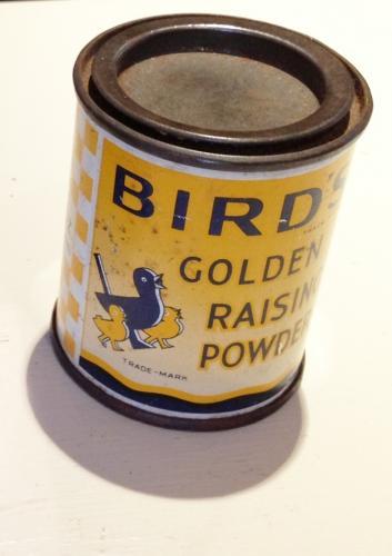 Vintage Bird's Raising Poweder Tin
