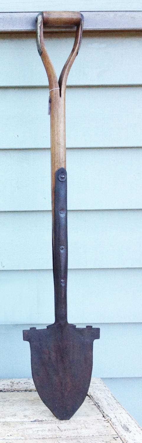 Antique Pointed Spade