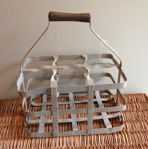 Vintage Wine Carrier