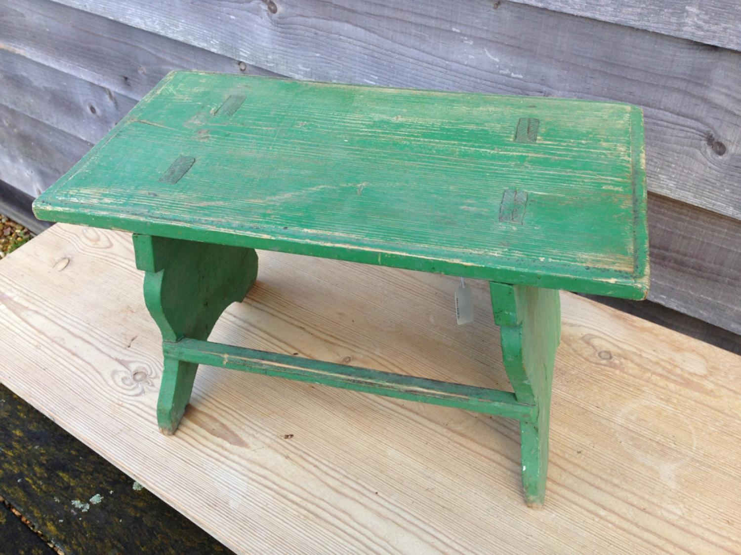 Old Green Stool