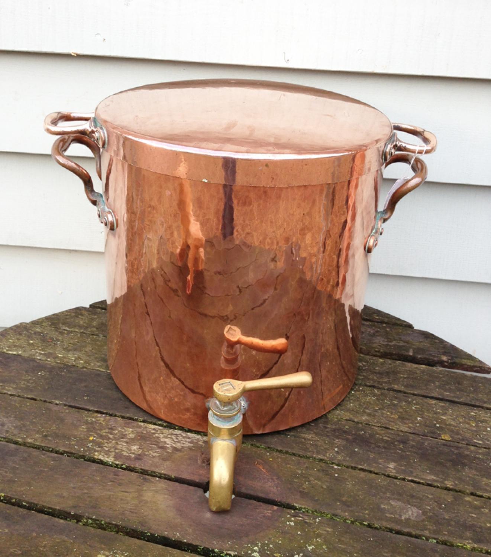 Fine Georgian Copper Water Urn/log bin