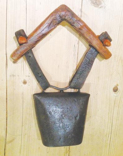 Large 19th Cent Shepherd's clucket bell