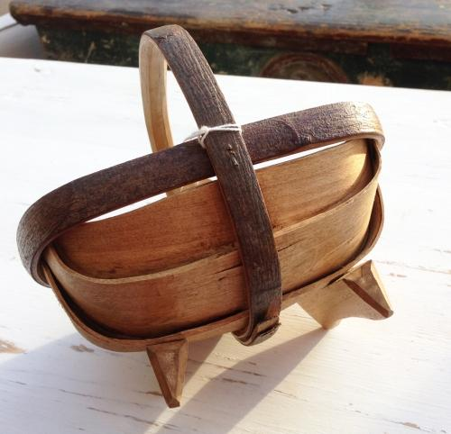 Small Sussex Egg Trug