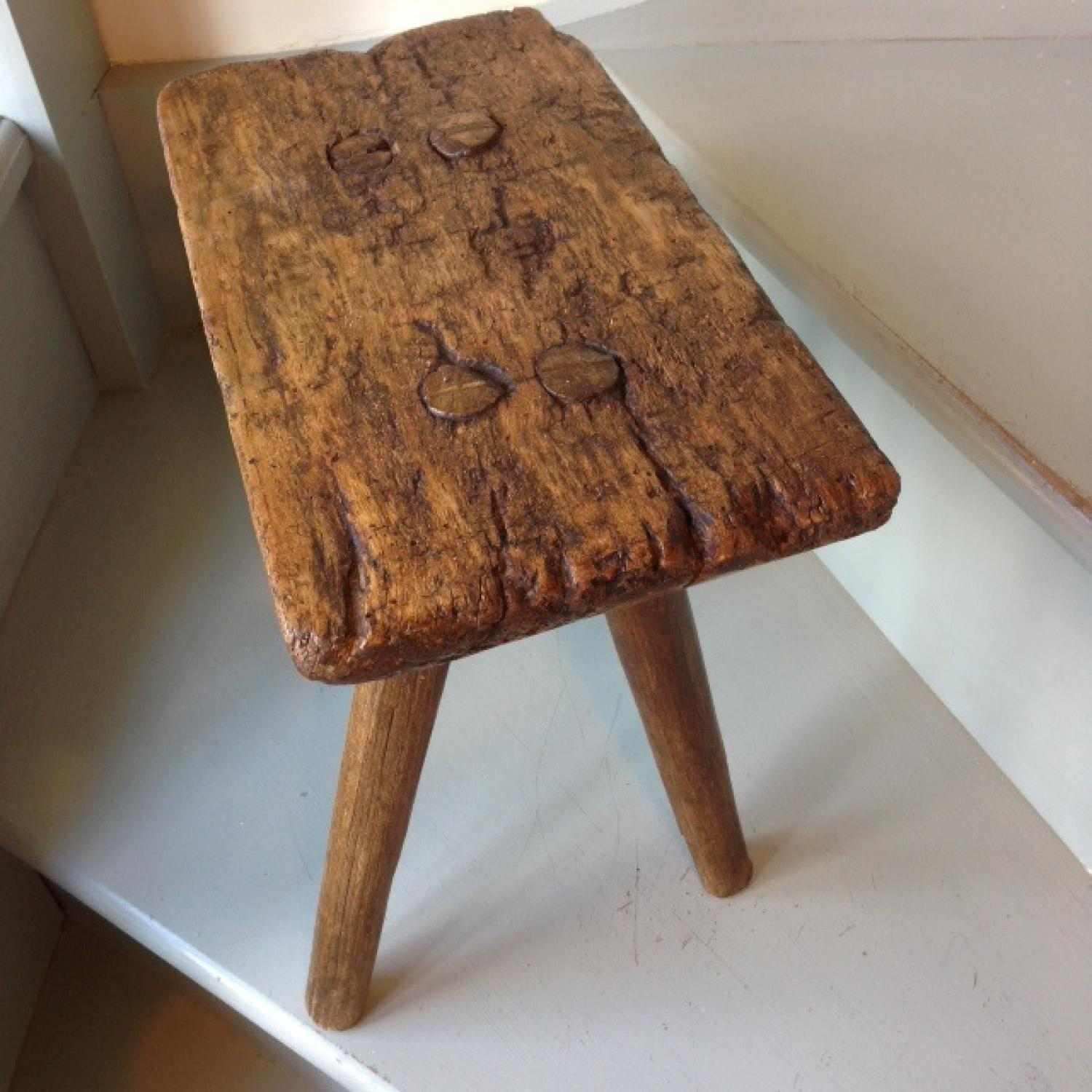 19th Cent 4 Legged Country Stool In The Antique Dairy