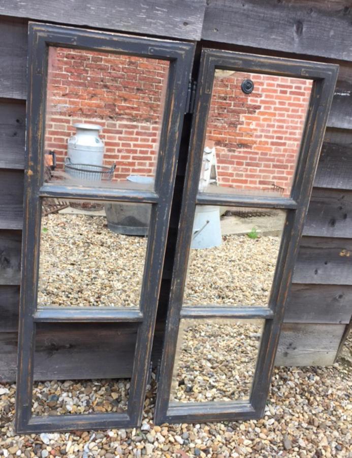 Antique windows / now mirror (grey)