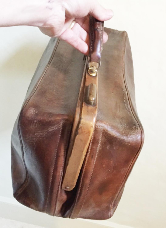 Vintage Doctor's Gladstone Bag