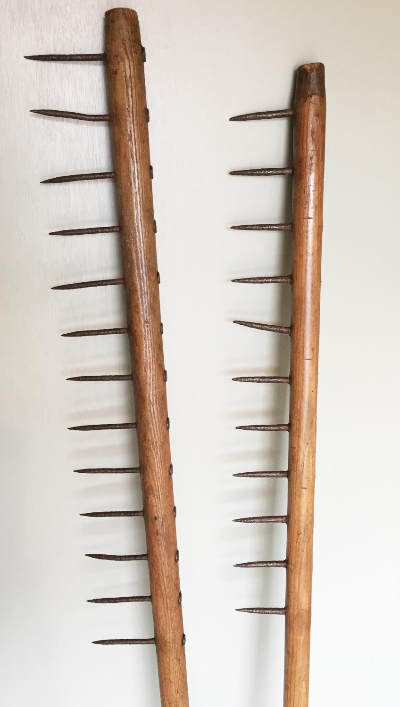 Antique Norfolk Thatcher's Combs