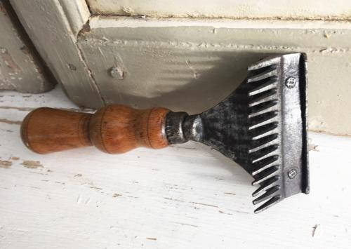 Antique Horse Mane Comb with turned handle