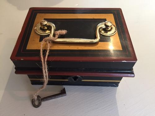 Tiny Toleware Cash Box