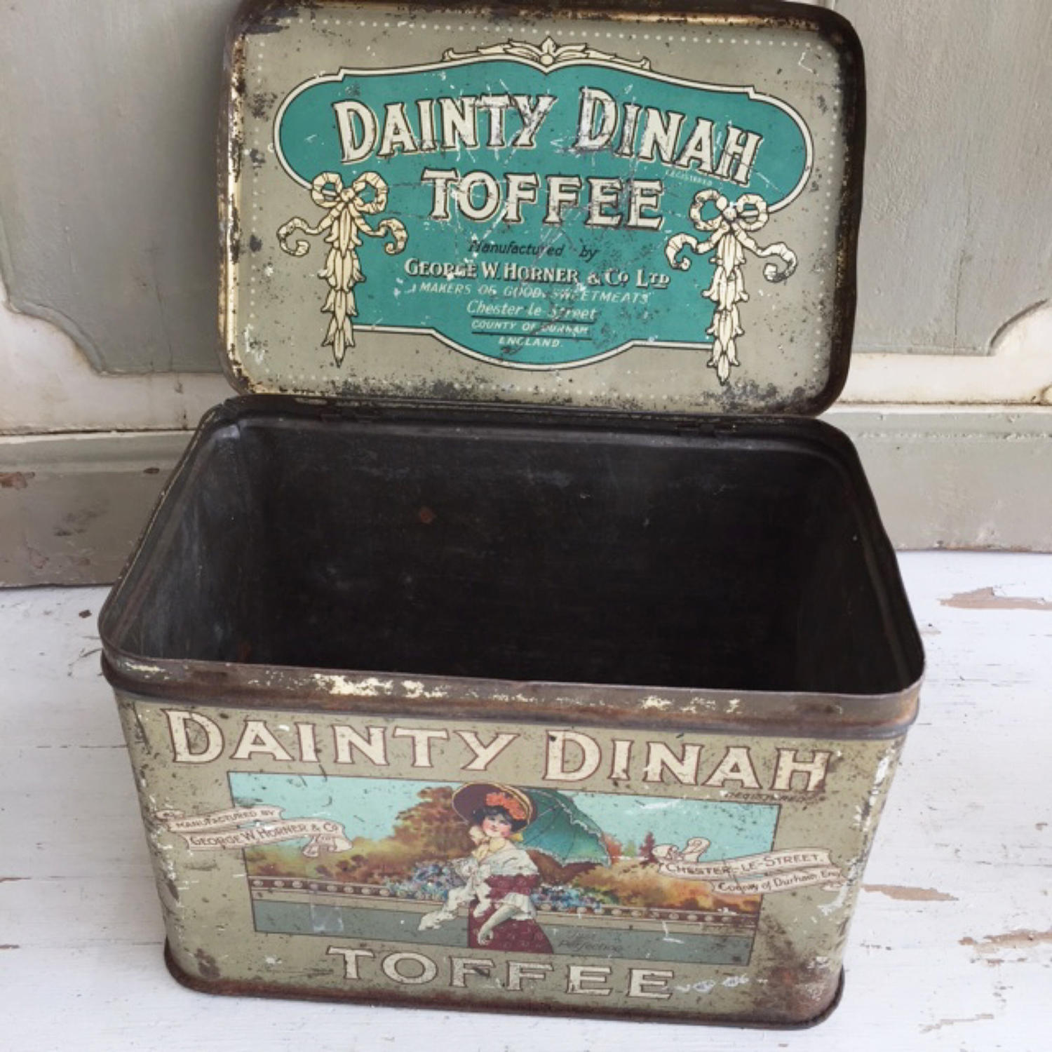 Antique Dainty Dinah Toffee Tin