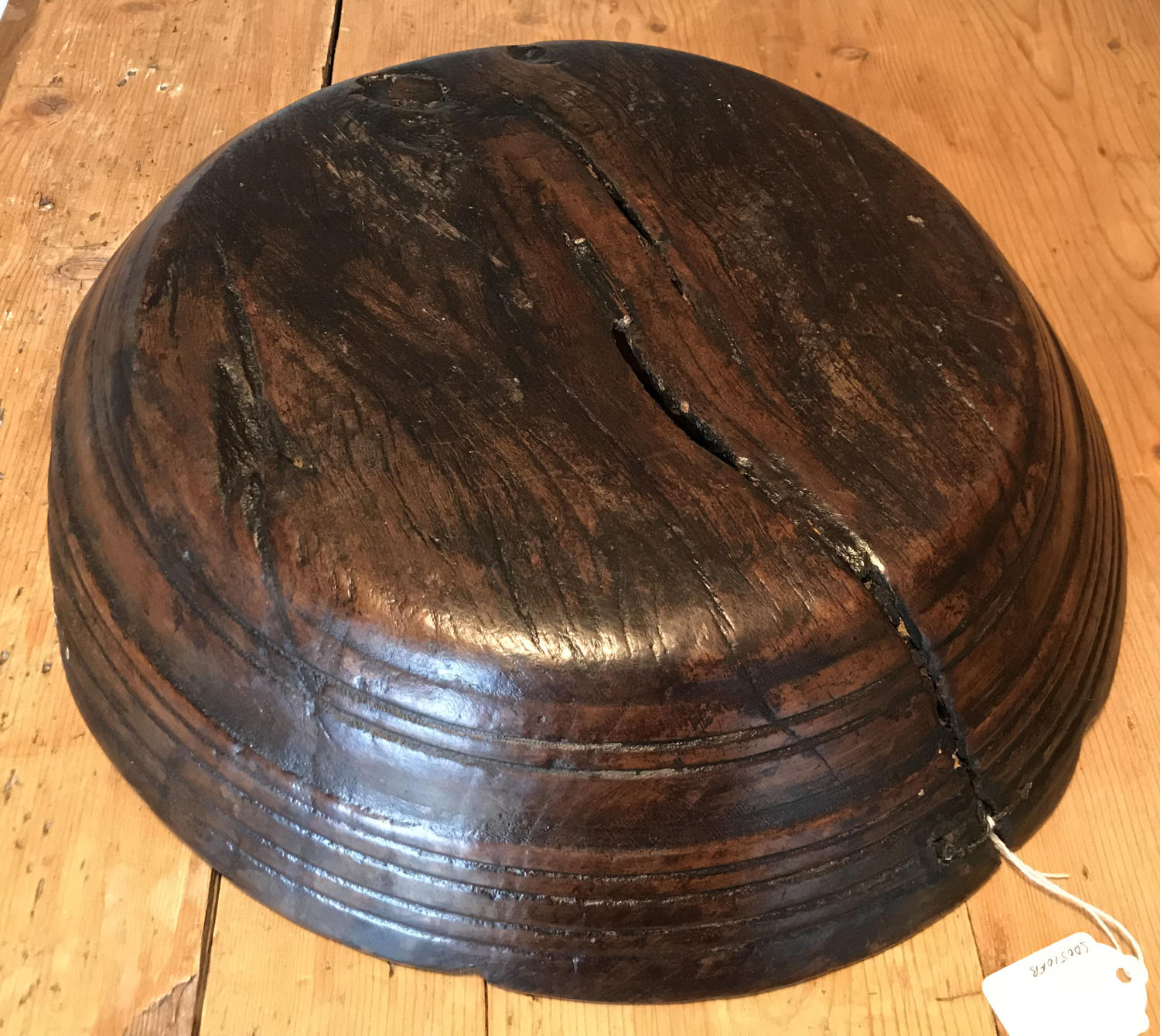 Exceptional 18th Cent Elm Platter