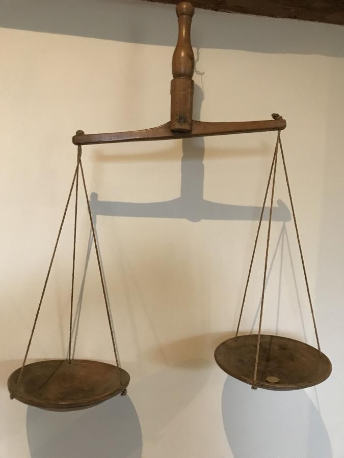 Fine Antique Hanging Butter Scales