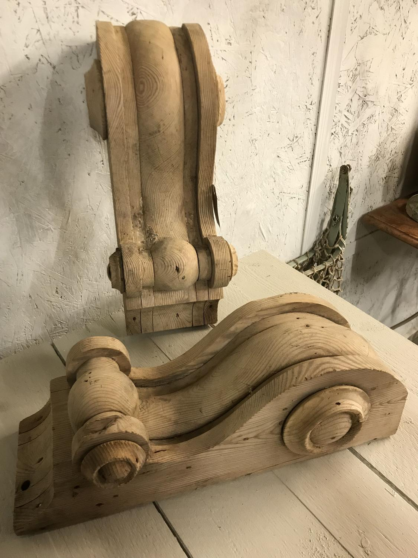 Antique Pine Scroll brackets