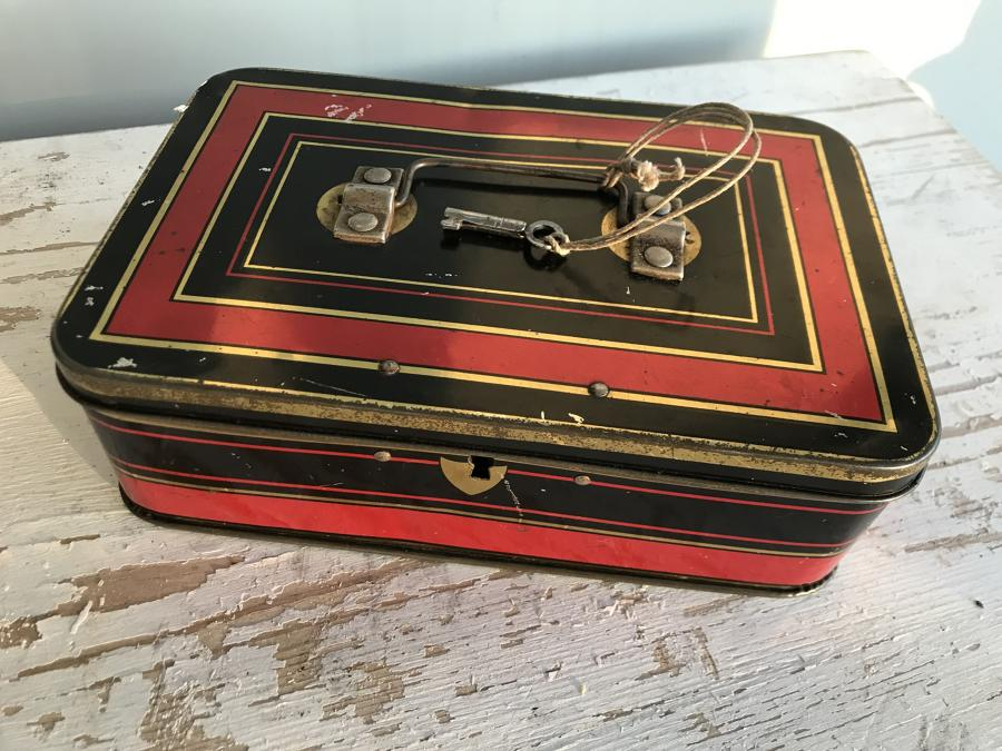 Edwardian Cash Box