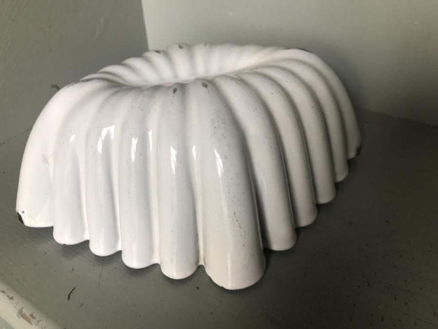 Fluted White Enamel Pudding Mould