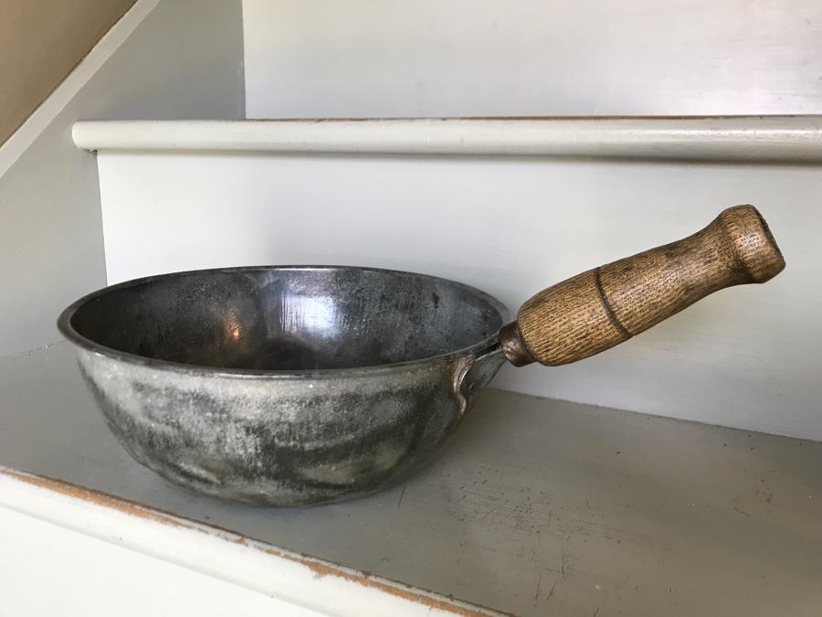 Vintage Feed Scoop