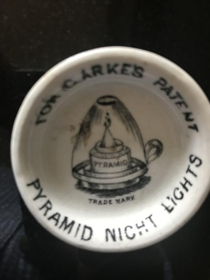 Victorian Ceramic Night Light Holder