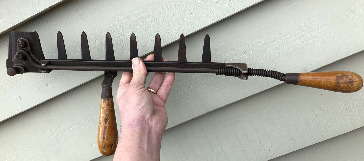 Vintage Hedge Clippers