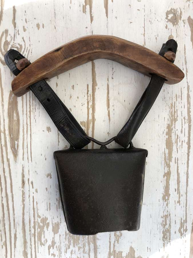 19th Cent Clucket Bell (1)
