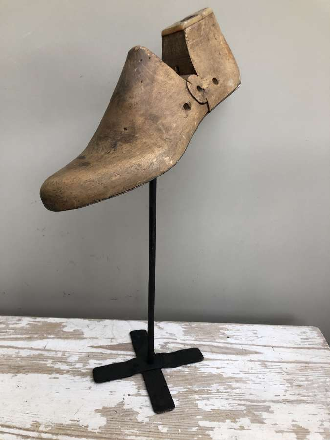 Cobbler's Shoe Sculpture