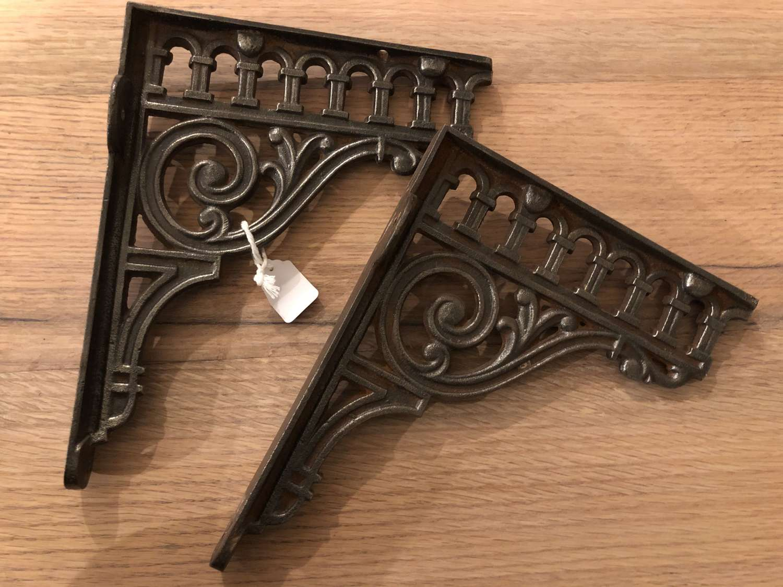 Cast-iron Brackets