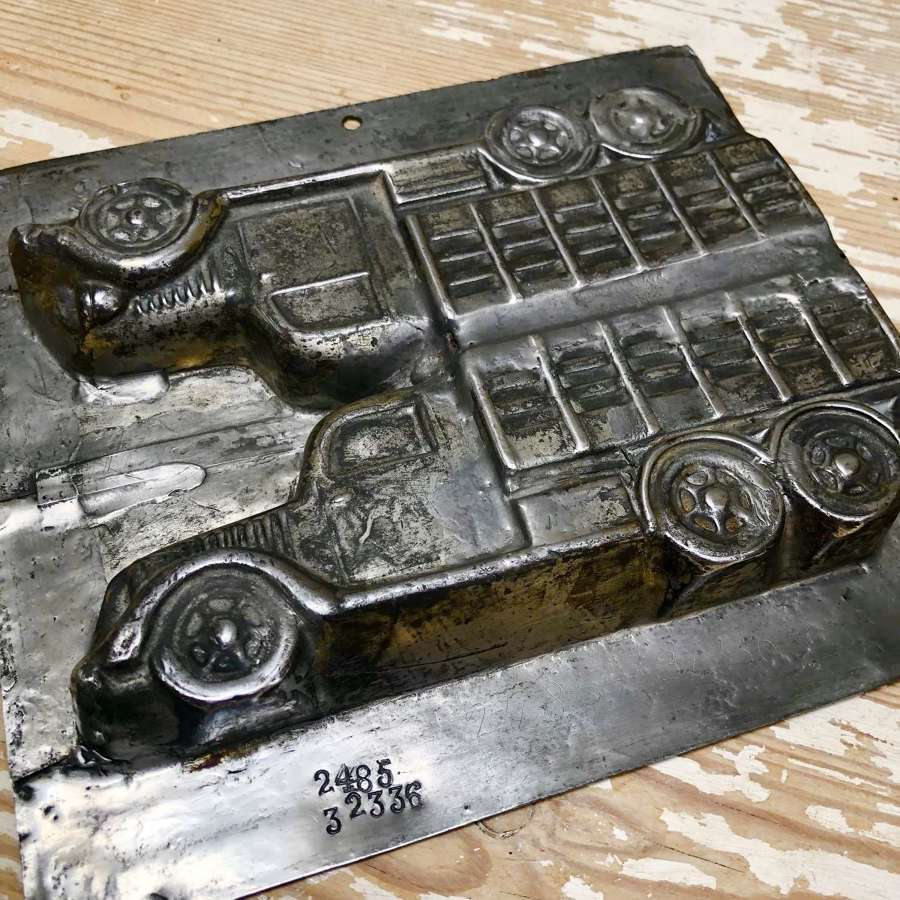 Vintage Chocolate Tin Mould